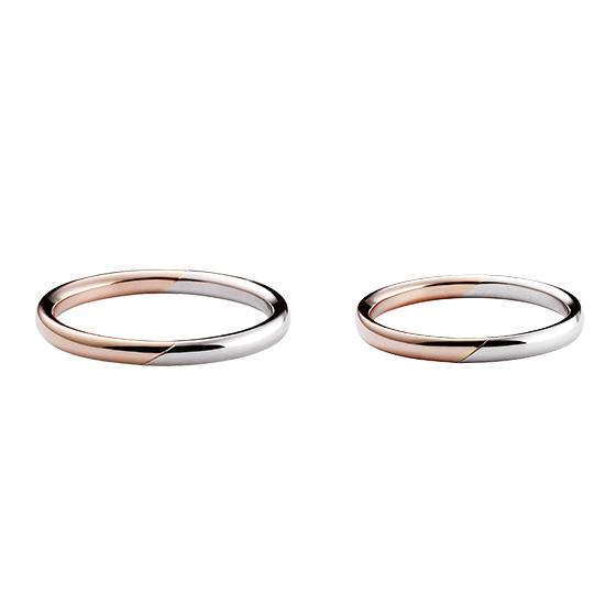シンプルなストレートタイプの結婚指輪に、色味を変えてアレンジ♪コンビネーションの新しい形です。