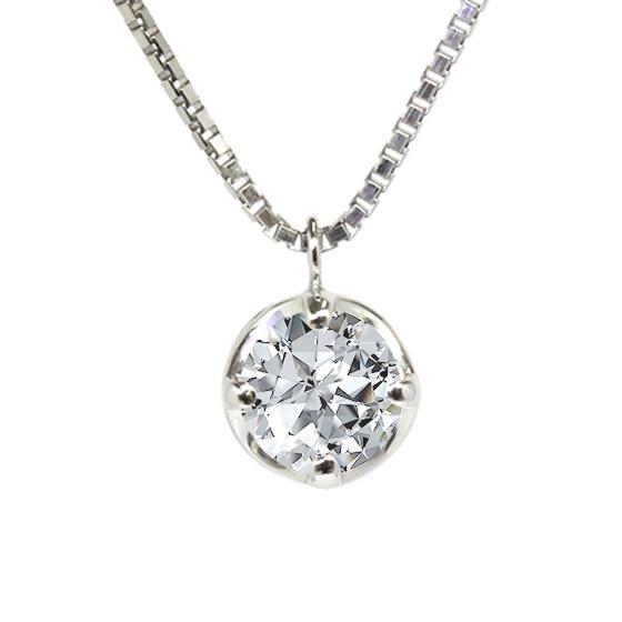 安定感のあるプラチナの台座がダイヤモンドに光を取り込みやすいセッティングになっており、輝きに特化したデザインです。