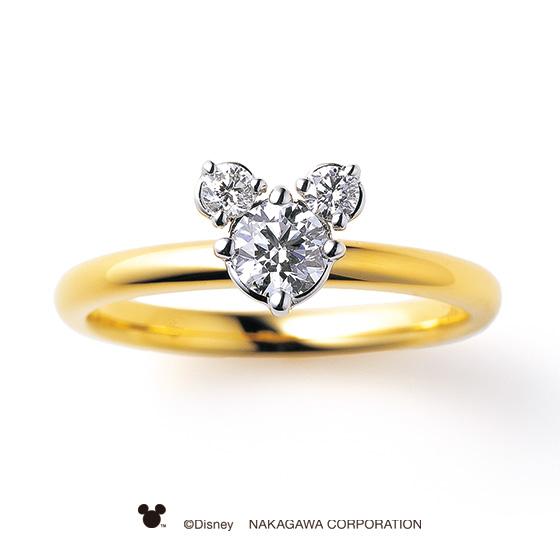 ミッキーマウスをかたどったダイヤモンドの存在感あふれるエンゲージリング。