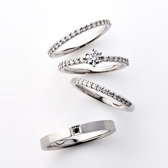 華奢なリングに目一杯のダイヤモンドをセッティング。上品な輝きをお指全体で楽しくことができます。