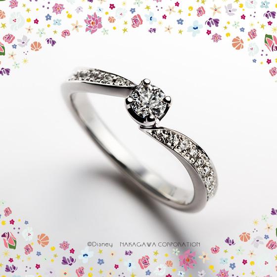 大切なものを守る貝をモチーフにした婚約指輪。