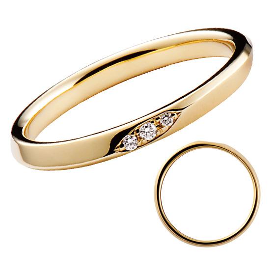 ストレートのシンプルな結婚指輪に、ワンポイントダイヤモンドをあしらったデザイン。men'sもお揃いで、表面部分はフラットな仕上がりに。