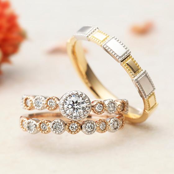 『可愛い君への想いをのせて』をコンセプトにもつモンビジュー。1つのダイヤモンドを大切に留めたセットリング。