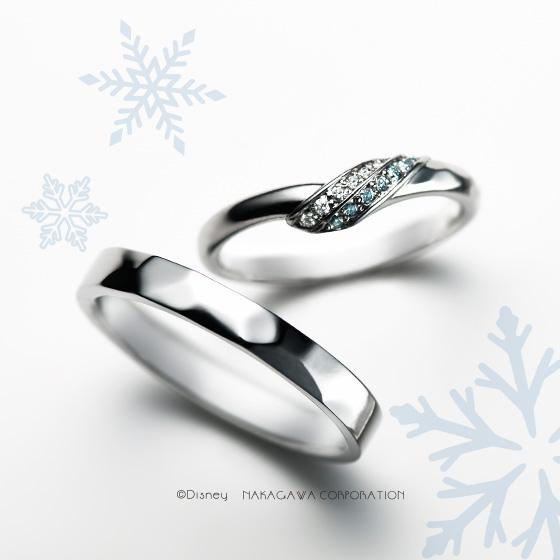 アナとエルサを2色のダイヤと表面加工で表現したマリッジリング。