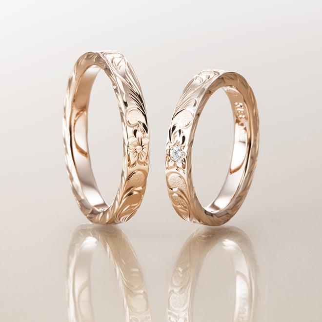 スリムタイプのハワイアン結婚指輪。3.0mmのフラットの形状で側面にも彫りが施されているタイプです。