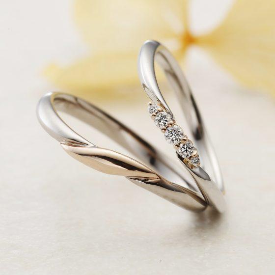 流れるようにセッティングされたダイヤモンドは、指に馴染むカーブを描き続ける。