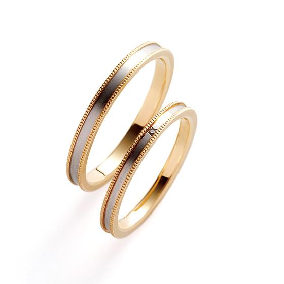 >細身のコンビネーションタイプの結婚指輪。ペア感もあり男性も女性も人気のあるデザイン。