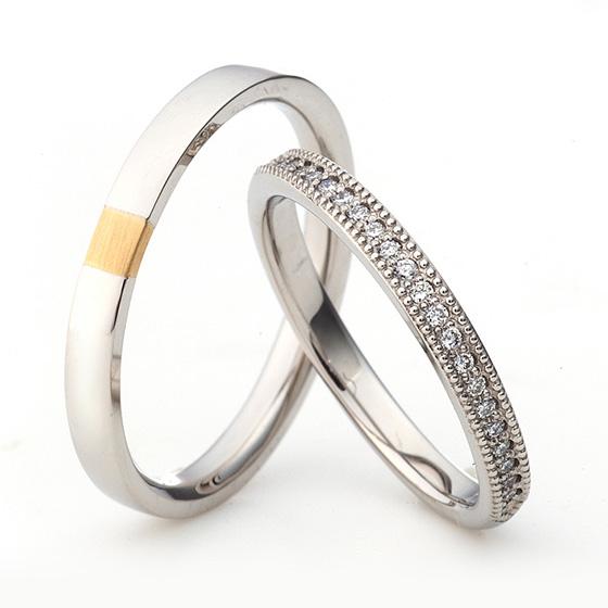 レディースはハーフエタニティタイプにミル打ち(ミルグレイン)が施された可愛い結婚指輪(マリッジリング)メンズはシンプルながらセンターのみ色味を変えることでちょっと個性的になります。