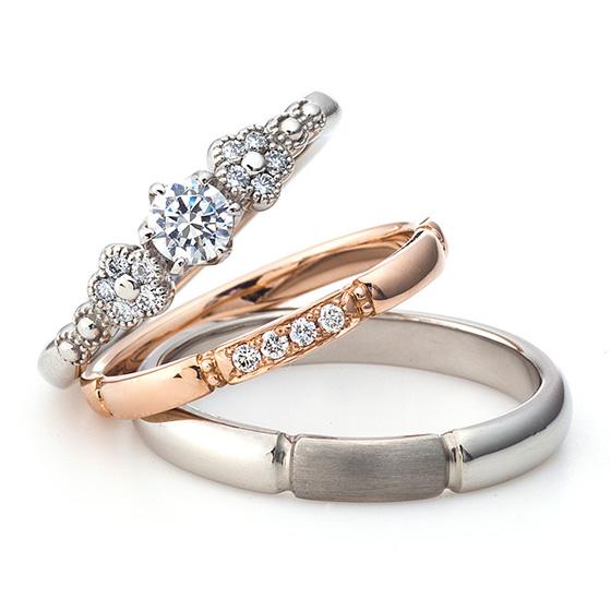 ダイヤモンドのお花を散りばめたセットリング。