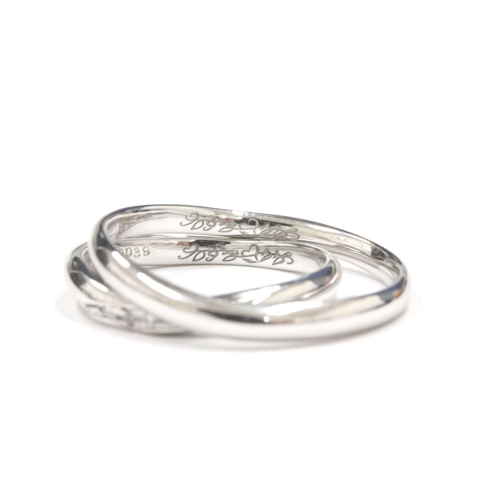 """>結婚指輪の内側には・・・世界にたったひとつの特別な""""刻印""""が浮かび上がります♡末永くお幸せに"""