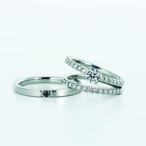 ひときわ白く輝く「純白の星」vega 花嫁にふさわしい美しいセットリングです。