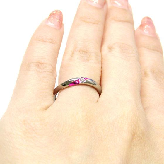 >大粒のダイヤモンドで存在感アップの結婚指輪。選べるカラー(発色)でオリジナリティを楽しめます。