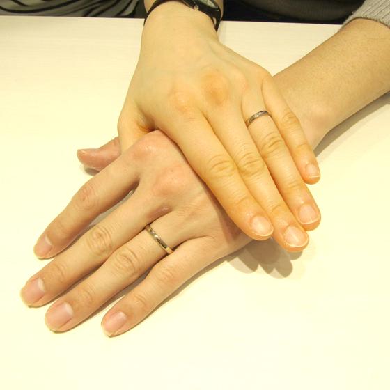 >ハニーイエローゴールドの柔らかなゴールド色が肌を明るく見せてくれる結婚指輪です!