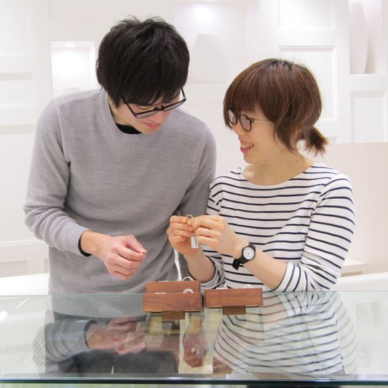 >着け心地の良い結婚指輪にもこだわっていらっしゃいましたね(^^)