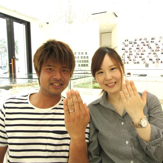 お優しい雰囲気の竹田様と笑顔がキュートな江梨子様♡とってもお似合いです!