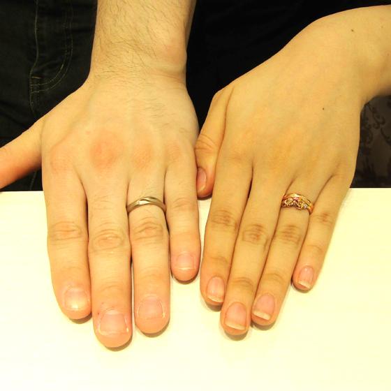 >お指の馴染みのあるピンクゴールドと、コーラルゴールドのお色味で製作!