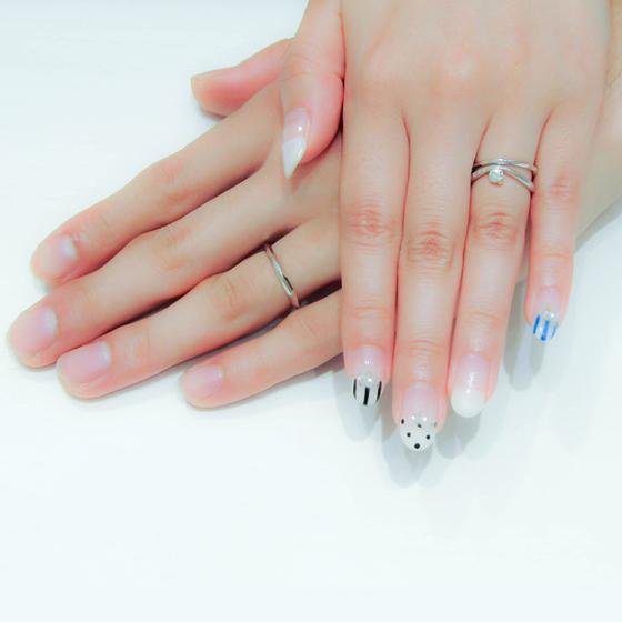 >ごつごつしてきらきらでシンプルな結婚指輪♡