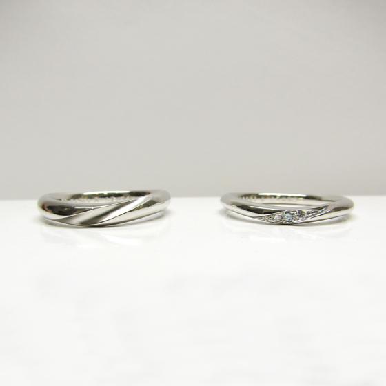 >お好みのデザインにアレンジをして世界に1つだけの結婚指輪になりました。