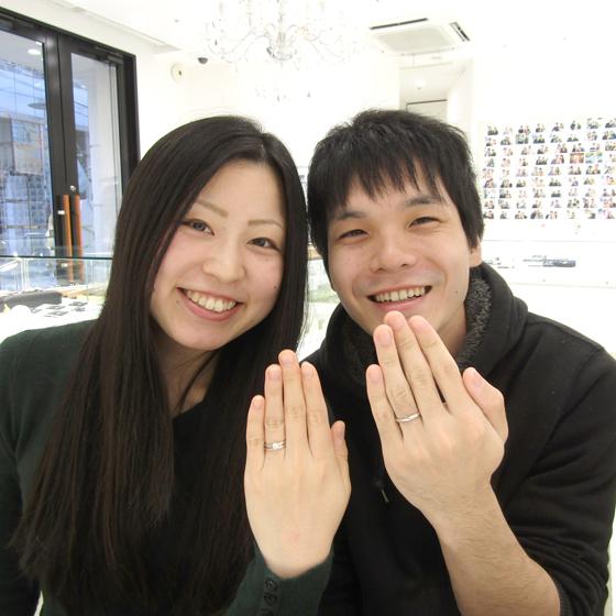 >素材やデザイン、ダイヤモンドにもこだわった素敵な婚約指輪・結婚指輪のセットを選んで下さいました!