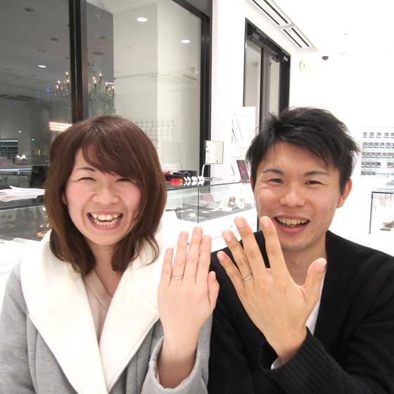 >ストレートタイプ、シンプルなデザインの結婚指輪を気に入って頂きました✨