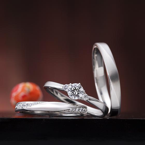 シンプルなデザインでありながらダイヤモンドを感じられる可愛らしいデザインが特徴的です。