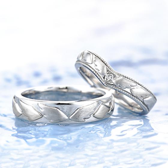 お二人にとって追い風が吹き、その追い風にのって羽ばたいて行けるようにとの思いがこもった結婚指輪(マリッジリング)