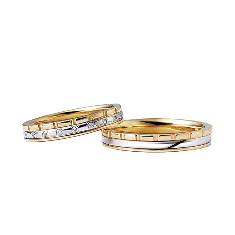 プラチナとイエローゴールドのコンビネーションリング。3つのリングを重ねたデザインで「縁結び」の意味があります。