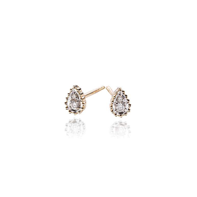 ミルグレイン加工に包まれたような雫型のダイヤ。小さいですが華やかなピアス。