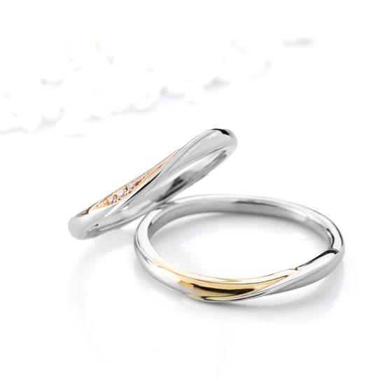 さり気なくゴールドが入ることで華やかさを増す結婚指輪。ゴールド部分は、ゴールドはイエローゴールド、ピンクゴールド、ホワイトゴールドからお選びいただけます。