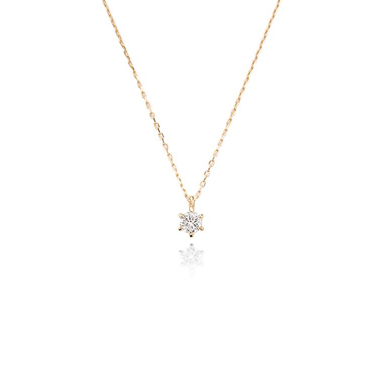 シンプルな6本爪の華奢なダイヤモンドネックレス。どんなお洋服に似合います。