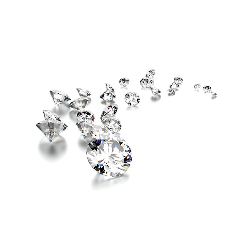 セッティングされているダイヤモンドはすべて最高カットのH&C