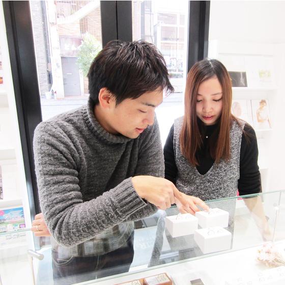 >当店は浜松の中でも最大級の品揃え♡沢山見比べして頂けます!