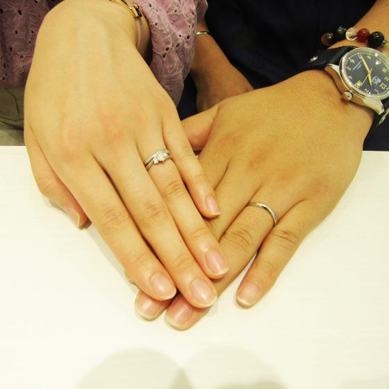 >お二人のお指にぴったりなリングが出来上がりました!