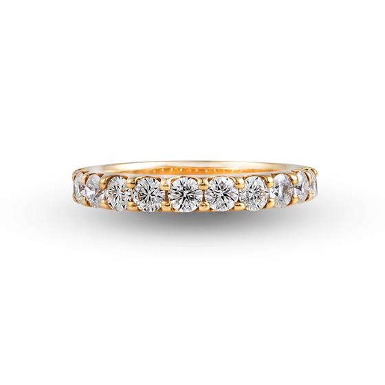 K18YG(イエローゴールド)のエタニティリング。永遠を意味するエタニティリングは、リングの半周に途切れることなくダイヤモンドが留めたデザインとなっています。