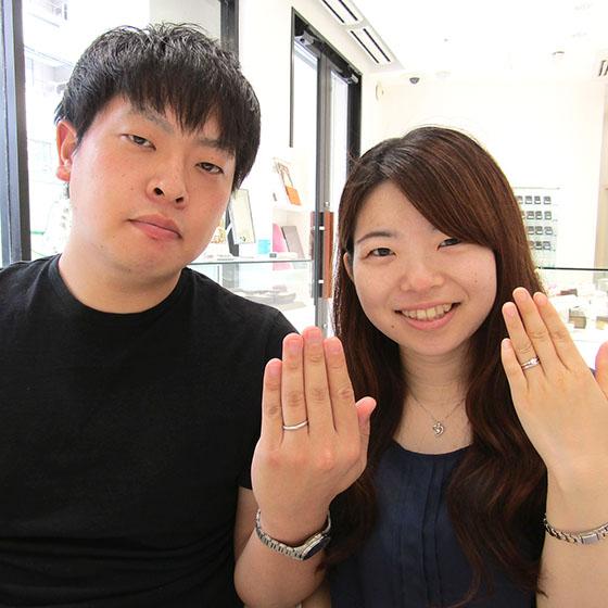 完成したばかりの指輪を着けて、素敵なお写真を頂きました!